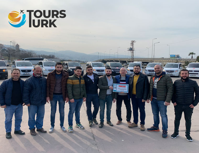 سائق يتحدث اللغة العربية بتركيا اسطنبول
